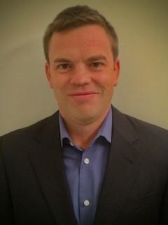 Portrait of Jeff Linder.