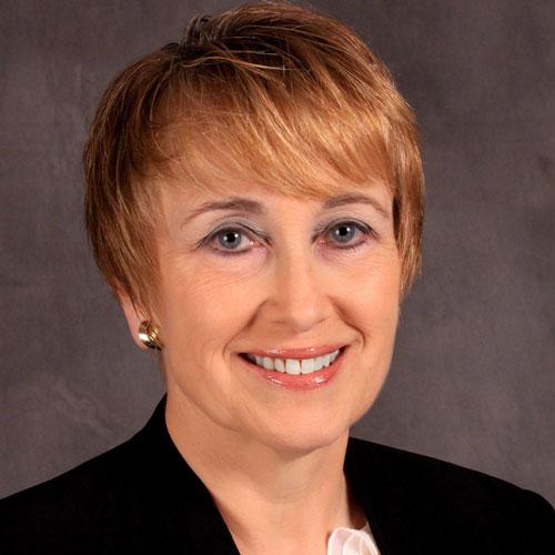 Photo portrait of Jo-Ann Maltais